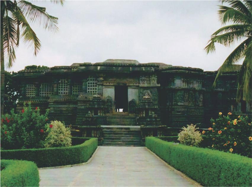 Hoyasleshwara Temple, Halebidu