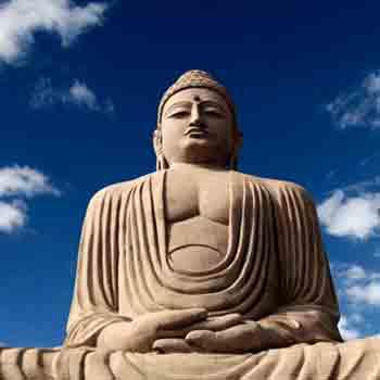 Reclining statue of Lord Buddha